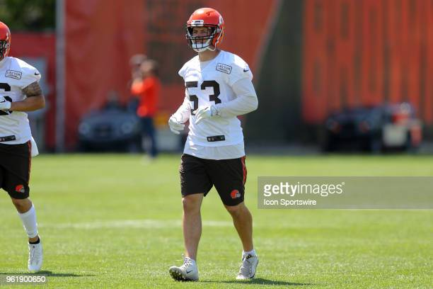 Cleveland Browns linebacker Joe Schobert participates in drills during the Cleveland Browns OTA at the Cleveland Browns Training Facility in Berea...