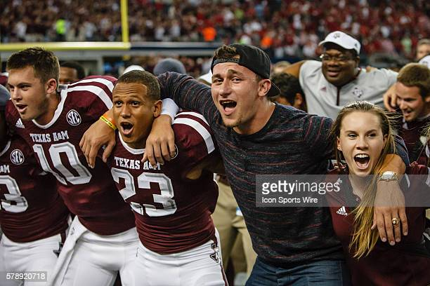 Cleveland Browns Quarterback and former Texas AM star Johnny Manziel celebrates with the team after the Southwest Classic football game between the...