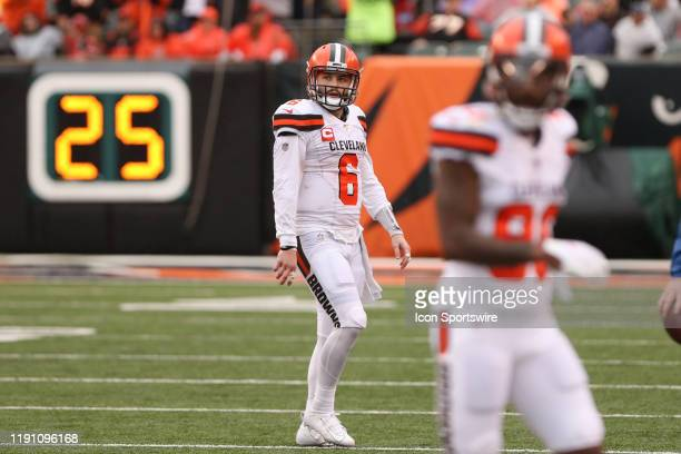 Cleveland Browns quarterback Baker Mayfield looks at the scoreboard during the game against the Cleveland Browns and the Cincinnati Bengals on...