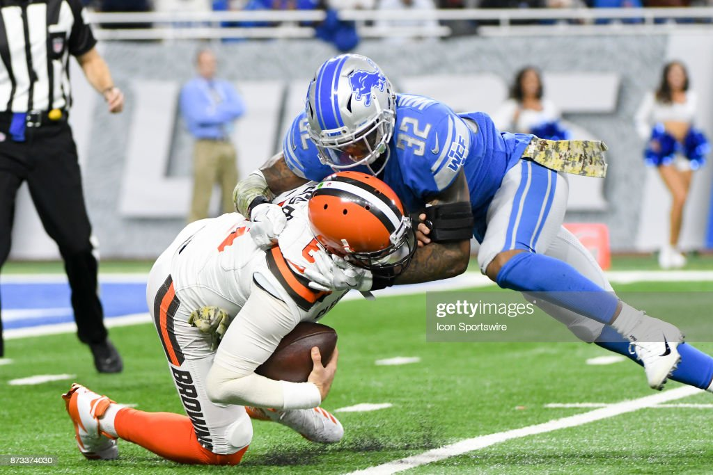 NFL: NOV 12 Browns at Lions : News Photo