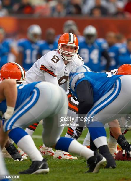 Cleveland Browns Quarterback Trent Dilfer during the game against the Detroit Lions Sunday October 23 2005 at Cleveland Browns Stadium in Cleveland...