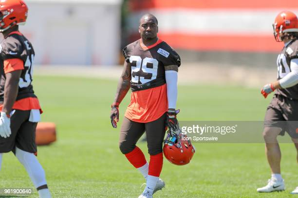 Cleveland Browns running back Duke Johnson Jr participates in drills during the Cleveland Browns OTA at the Cleveland Browns Training Facility in...