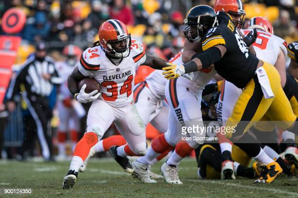 Cleveland Browns Running back Isaiah Crowell runs with the ball during the game between the Cleveland Browns and the Pittsburgh Steelers on December...