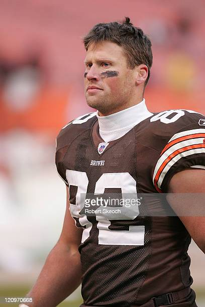 Cleveland Browns Steve Heiden during the game against the Jacksonville Jaguars at Cleveland Browns Stadium in Cleveland Ohio on Dec 4 2005 The...