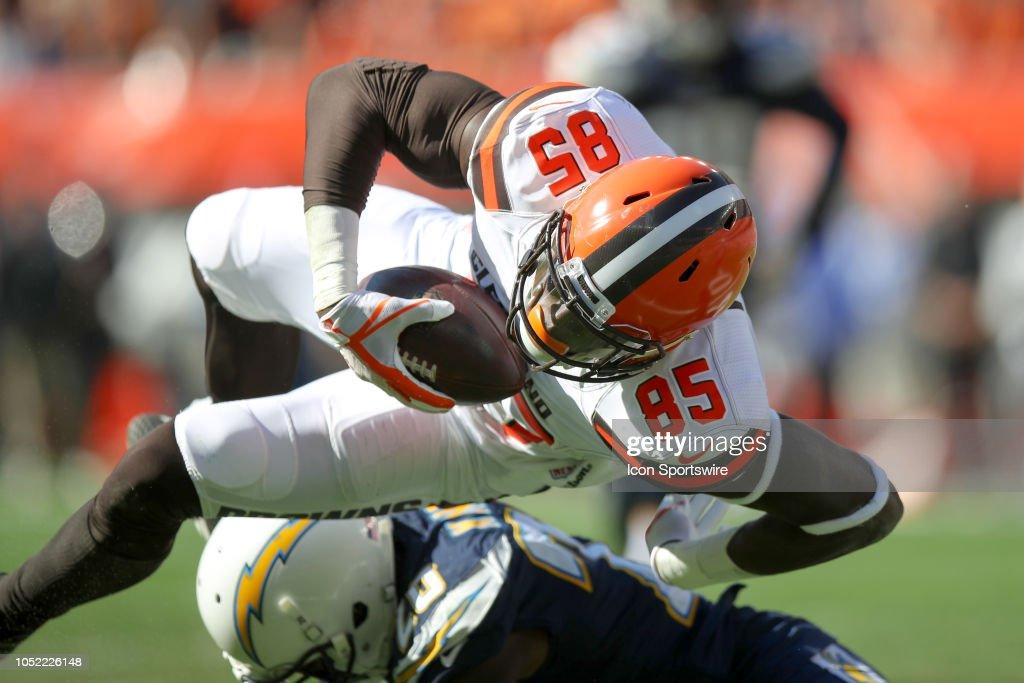NFL: OCT 14 Chargers at Browns : Fotografia de notícias