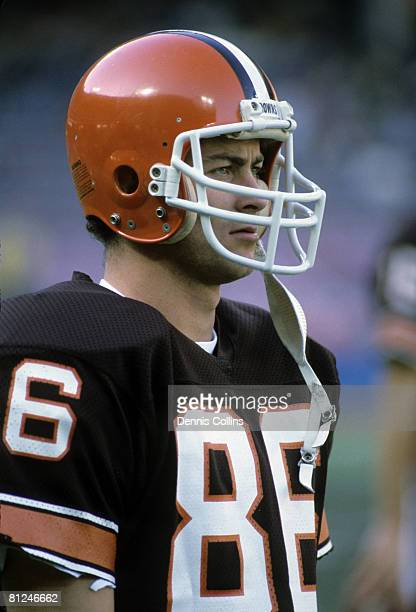 Cleveland Browns wide receiver Brian Brennan during the Browns 2710 victory over the Houston Oilers on November 25 1984 at Cleveland Municipal...