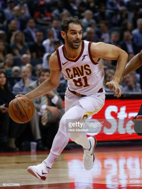 Cleveland Cavaliers guard Jose Calderon works the offence Toronto Raptors vs Cleveland Cavaliers in 2nd half action of NBA regular season play at Air...