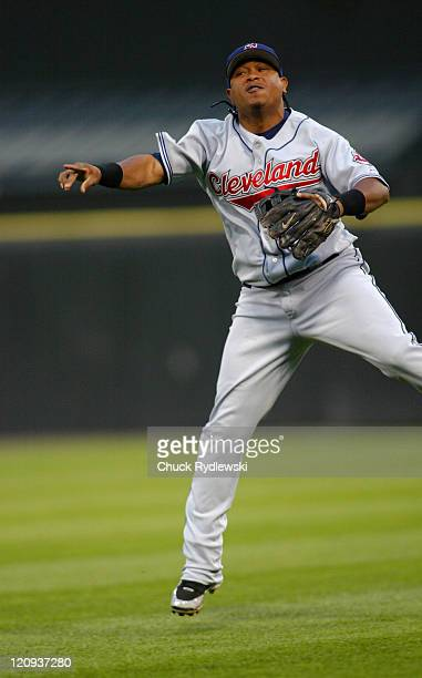Cleveland Indians' 2nd Baseman Ronnie Belliard makes a tough play to throw out Tadahito Iguchi during their game against the Chicago White Sox June 9...