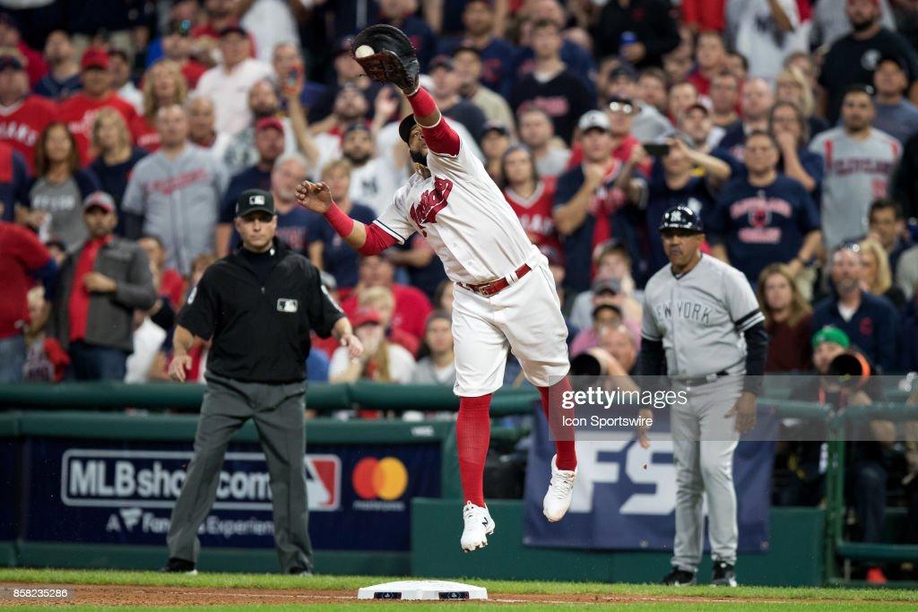 MLB: OCT 05 ALDS Game 1 - Yankees at Indians : ニュース写真