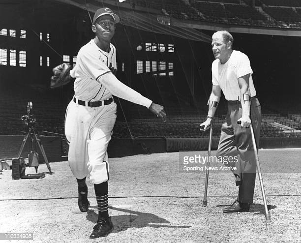Cleveland Indians Satchel Paige with owner Bill Veeck in ca 1948