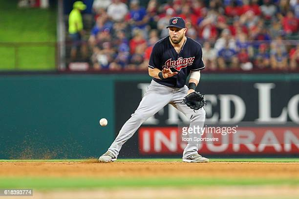 Cleveland Indians second baseman Jason Kipnis fields a ground ball during the MLB game between the Cleveland Indians and the Texas Rangers at Globe...