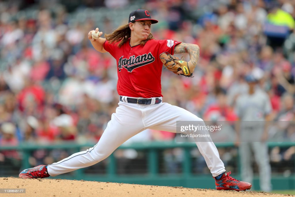 MLB: APR 07 Blue Jays at Indians : News Photo