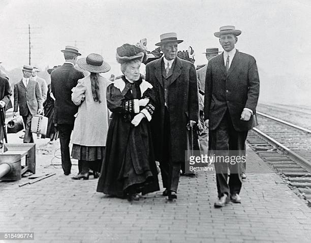 Photo taken in 1912 shows Mr Mrs John D Rockefeller at Nickle Plate Station in Cleveland Man on right unidentified