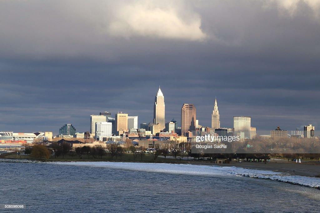 Cleveland skyline in winter : Foto de stock
