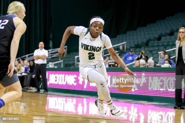 Cleveland State Vikings forward Ashanti Abshaw drives to the basket during the third quarter of the women's college basketball game between the...