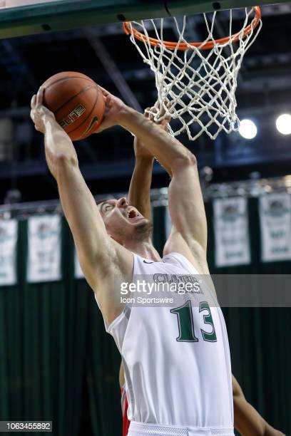 Cleveland State Vikings forward Stefan Kenic shoots during the second half of the college basketball game between the Samford Bulldogs and Cleveland...