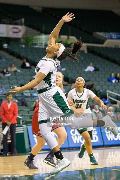 Cleveland State Vikings G Khayla Livingston follows thru after shooting an underhand shot during the first quarter of the NCAA Women's Basketball...