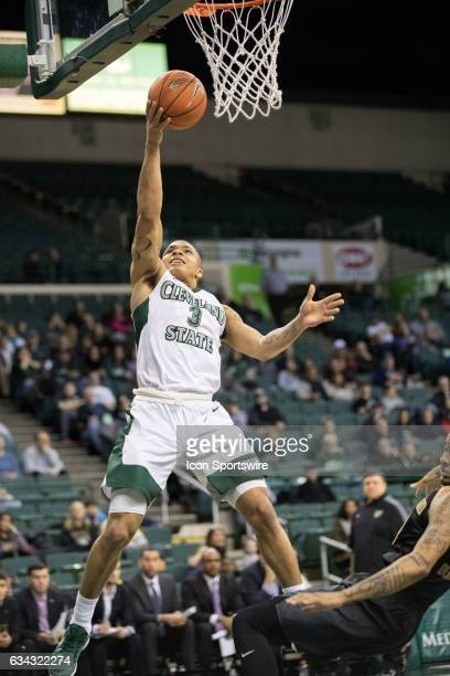 Cleveland State Vikings G Rob Edwards shoots during the first half of the men's college basketball game between the Oakland Grizzlies and Cleveland...