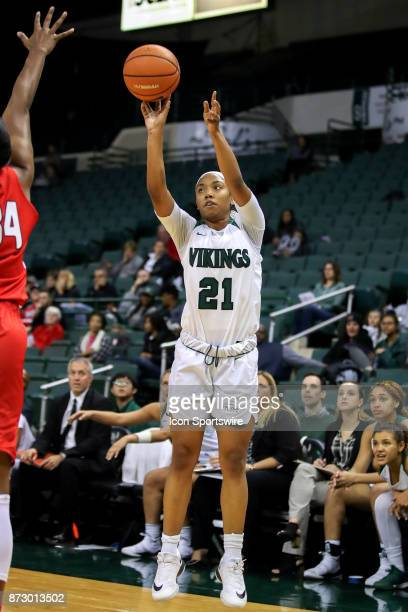Cleveland State Vikings guard Jade Ely shoots during the third quarter of the women's college basketball game between the Ball State Cardinals and...