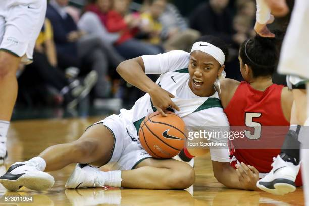 Cleveland State Vikings guard Jade Ely wins a scramble for a loose ball during the second quarter of the women's college basketball game between the...