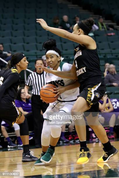 Cleveland State Vikings guard Khayla Livingston drives to the basket against Northern Kentucky Norse guard/forward Mikayla Terry during he third...