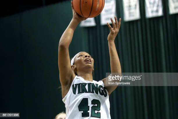 Cleveland State Vikings guard Mariah Miller scores with a layup during the fourth quarter of the women's college basketball game between the Eastern...
