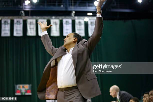 Cleveland State Vikings head coach Dennis Felton reacts to a call during the first half of the men's college basketball game between the UIC Flames...