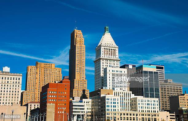 cleveland tall buildings - cincinnati stock pictures, royalty-free photos & images