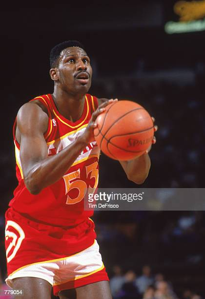 Cliff Levingston of the Atlanta Hawks shoots a free throw during the NBA game against the Golden State Warriors at the Oakland Coliseum in Oakland...