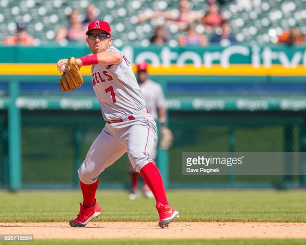 Cliff Pennington of the Los Angeles Angels of Anaheim makes a throw to first base for an out in the ninth inning during a MLB game against the...