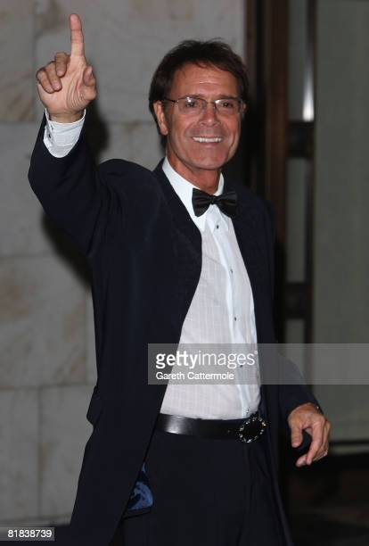 Cliff Richard arrives at the 2008 Wimbledon Champions Dinner on July 6, 2008 in London, England.