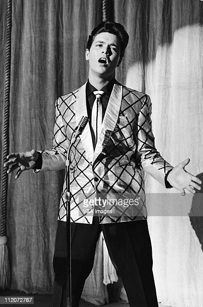 Cliff Richard performs on stage 1959