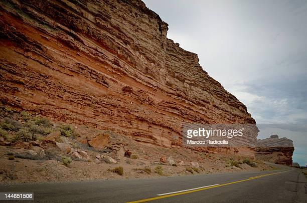 cliffs by route - radicella bildbanksfoton och bilder