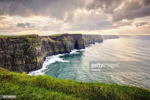 cliffs of moher, ireland - republic of ireland stock pictures, royalty-free photos & images