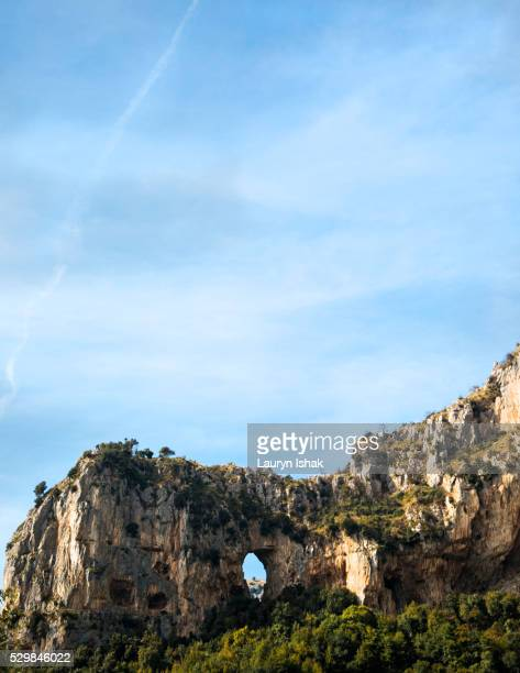cliffs on the amalfi coast - lauryn ishak stock pictures, royalty-free photos & images