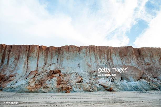 cliffs - ponto turístico local stock pictures, royalty-free photos & images