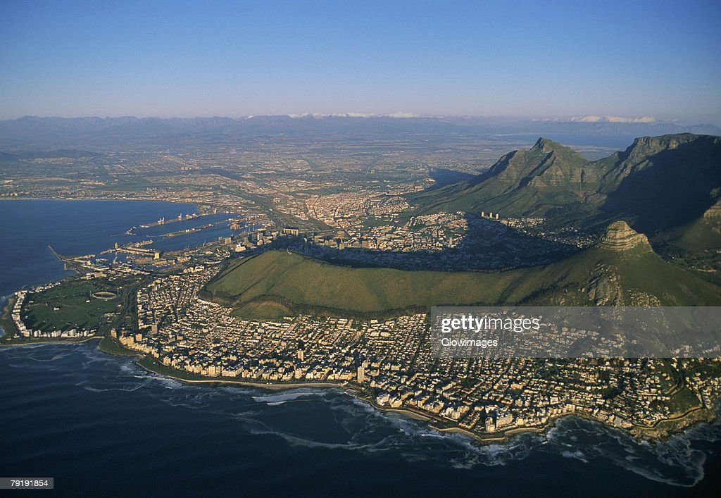 Clifton Beaches with Lions Head and Table Mountain, Capetown, South Africa : Foto de stock