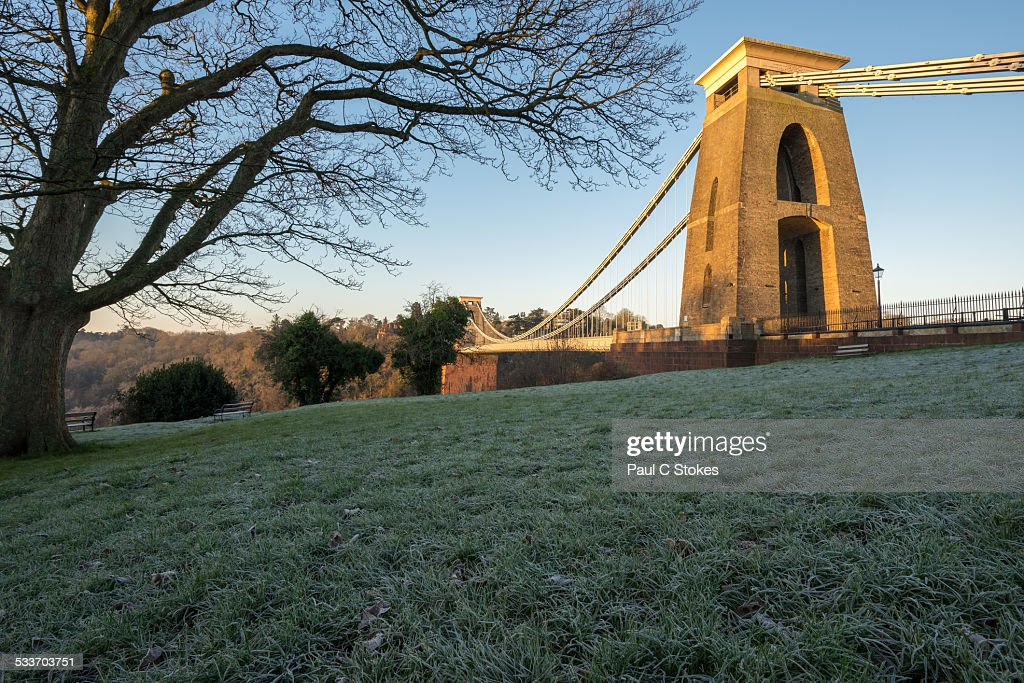 Clifton Suspension Bridge Frosty Grass : Foto stock