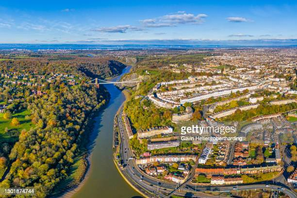 clifton suspension bridge spanning the river avon and linking clifton and leigh woods, bristol, england, united kingdom, europe - gavin hellier stock pictures, royalty-free photos & images