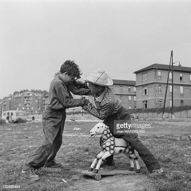 Clignancourt gate hand to hand combat between two Gypsy children in Paris France in 1950s
