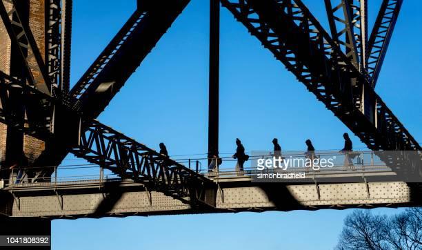 climbing the sydney harbour bridge - sydney harbour bridge stock pictures, royalty-free photos & images