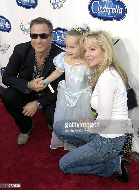 "Clint Black, daughter Lily Pearl and Lisa Hartman during Swiffer Wetjet Presents the ""Cinderella"" DVD Release and Royal Ball - Red Carpet at Ziegfeld..."