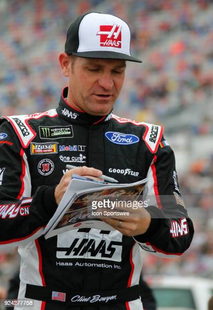 Clint Bowyer StewartHass Racing Haas Automation Ford Fusion during the running of the 59th annual Folds of Honor QuikTrip 500 on Sunday February...