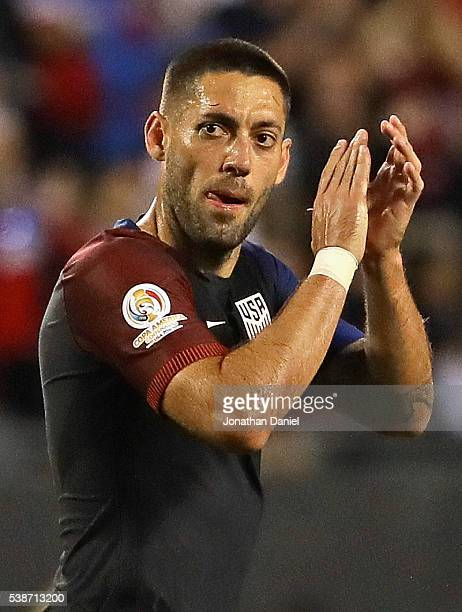 Clint Dempsey of the United States applauds as he leaves the field in the second half during a match against Costa Rica in the 2016 Copa America...