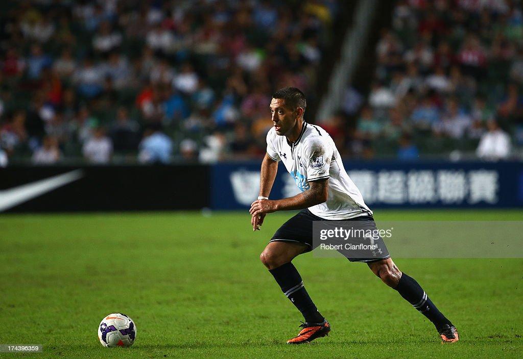 Tottenham Hotspur v Sunderland - Barclays Asia Trophy: Semi Final : News Photo