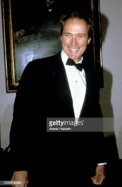 Clint Eastwood arrives for a banquet at the White House during a Royal Tour of the United States by the Prince and Princess of Wales on November 09...