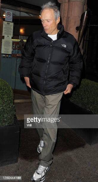 Clint Eastwood leaves Delfino Pizzeria in Mayfair on February 8 2010 in London England
