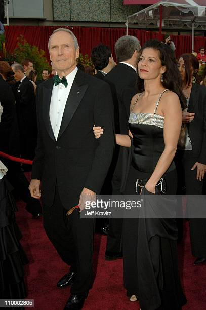 "Clint Eastwood nominee Best Actor in a Leading Role for ""Million Dollar Baby"" and wife Dina Eastwood"