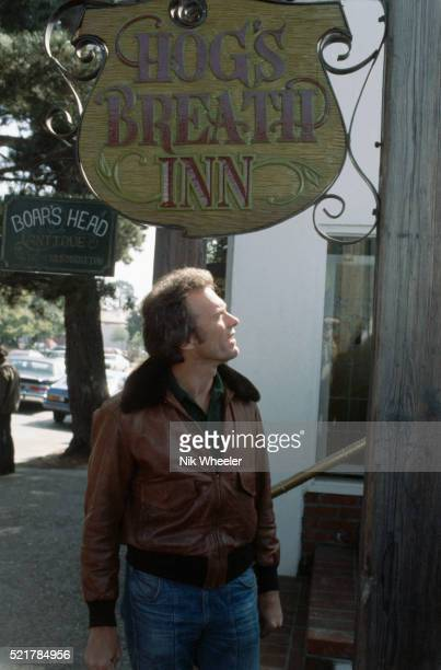 clint eastwood under restaurant sign - clint eastwood photos stock pictures, royalty-free photos & images