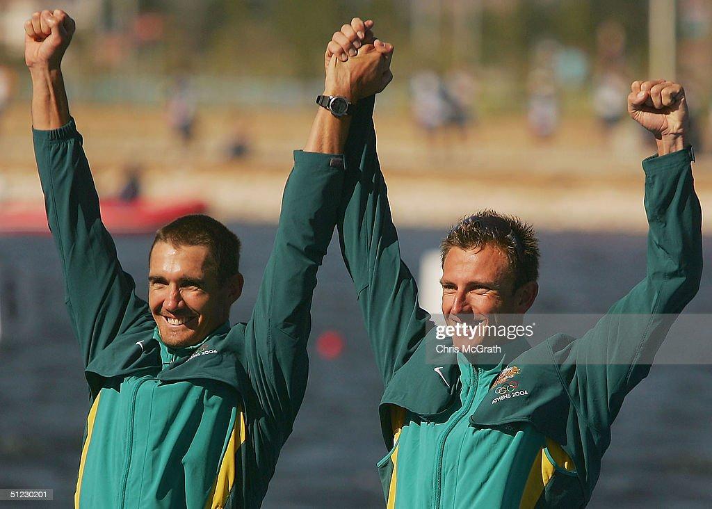 Mens K2 Flatwater 500m Medal Ceremony : News Photo